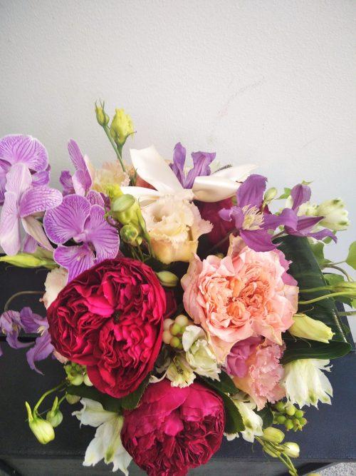aranjament flori cutie